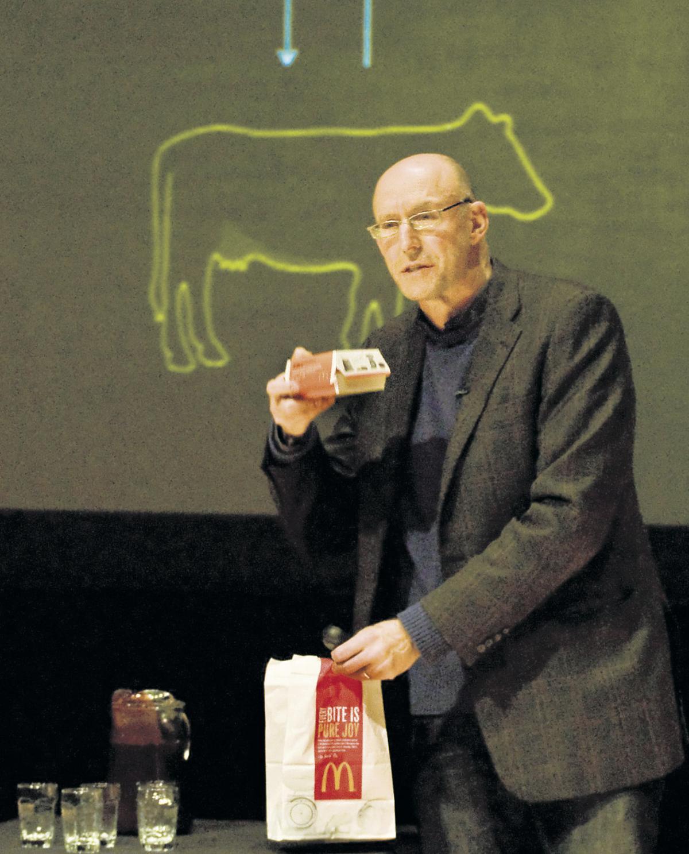 Author Pollan tells students he's not anti-farmer