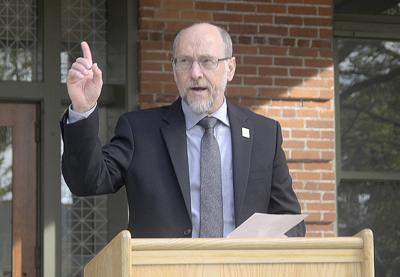 Oregon State ag dean sets retirement