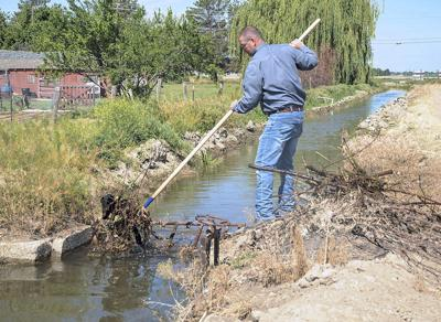 Boise-area irrigation districts deal with trash dumped in canals