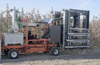 CNTR robotic apple picker 6