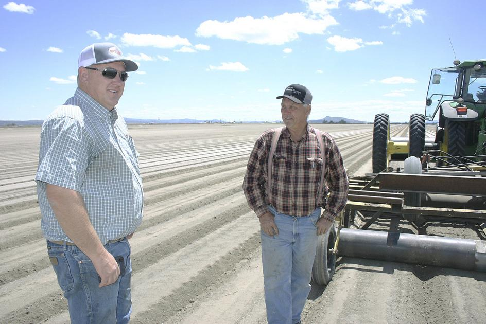 Farmers plan convoy to raise awareness of Klamath Basin water issues - Capital Press