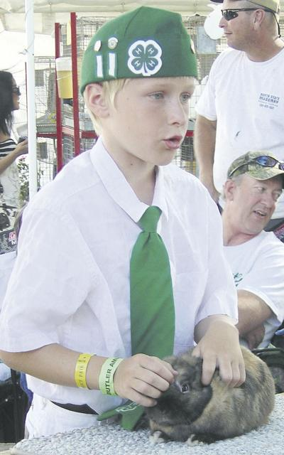 Youngsters turn to small animals for 4-H projects
