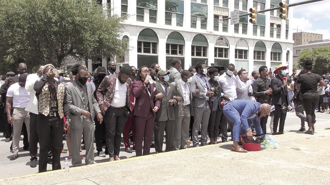 Men at the South Carolina State House