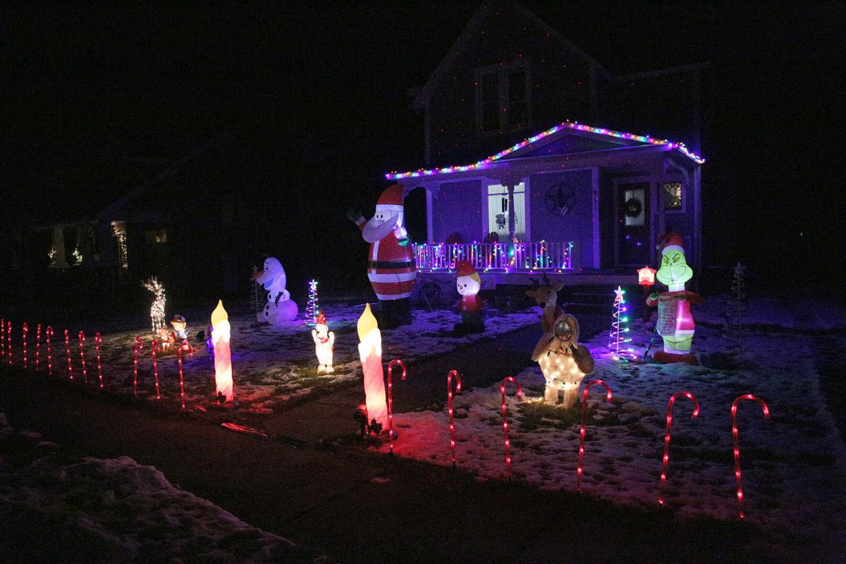 xmas lights1 20-12-22.jpg