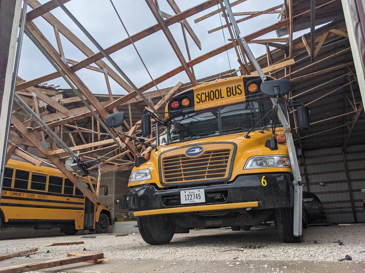 lc tornado bus 21-07-14