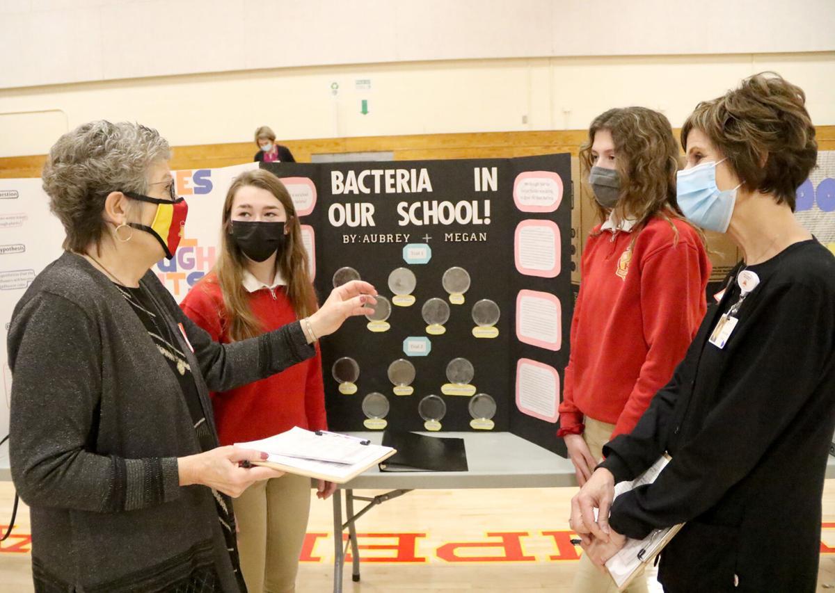 kuemper science fair3 21-03-23