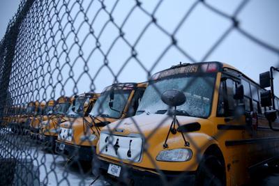 school buses 20-01-22