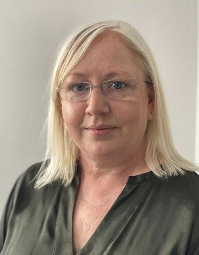 Lorraine Waters (Solidatus) (Portrait) 2021.jpg