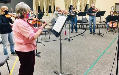 Alpine Orchestra rehearses