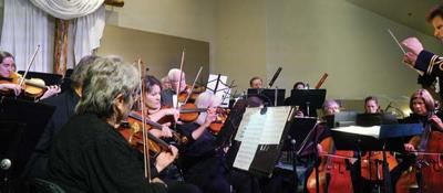 Alpine Orchestra performs