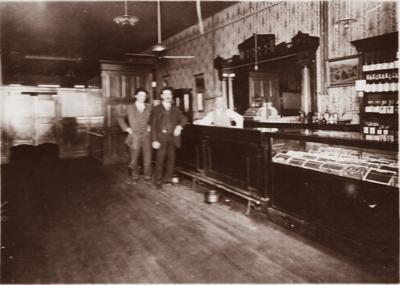Pearl Theater bar