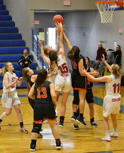 McGinnis, McFee reach for rebound