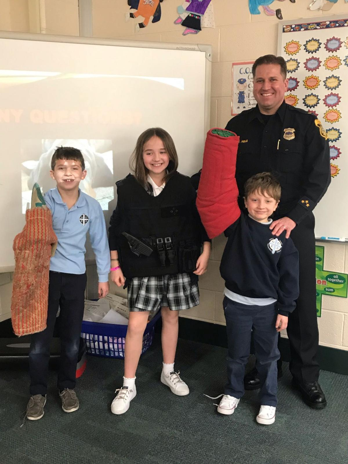 Third-graders learn about K-9 handling