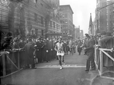 Boston Marathon paying tribute to 2-time Indigenous champion