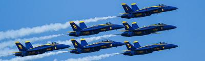 Blue_Angels_-_Chicago_Air_&_Water_Show_(20393257458)