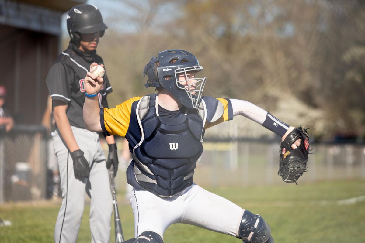 Hillard attempts throw