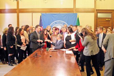Inslee signs statute of limitations extension