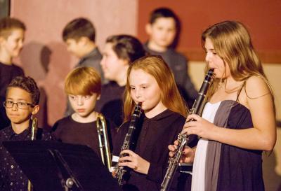 181219_co_news_hilltop_concert_img2.jpg