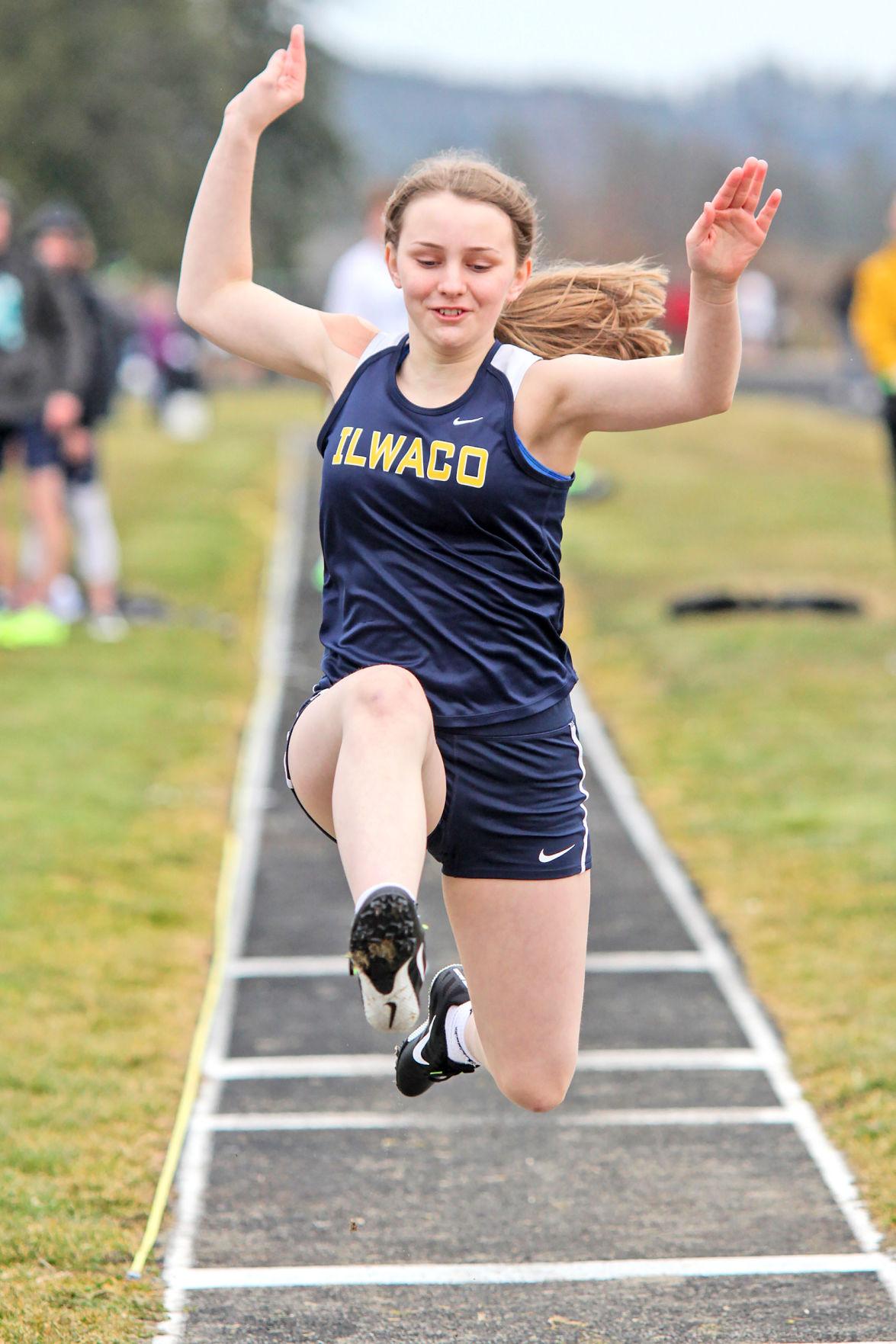 Track: IHS freshman Sabrina Lesenden