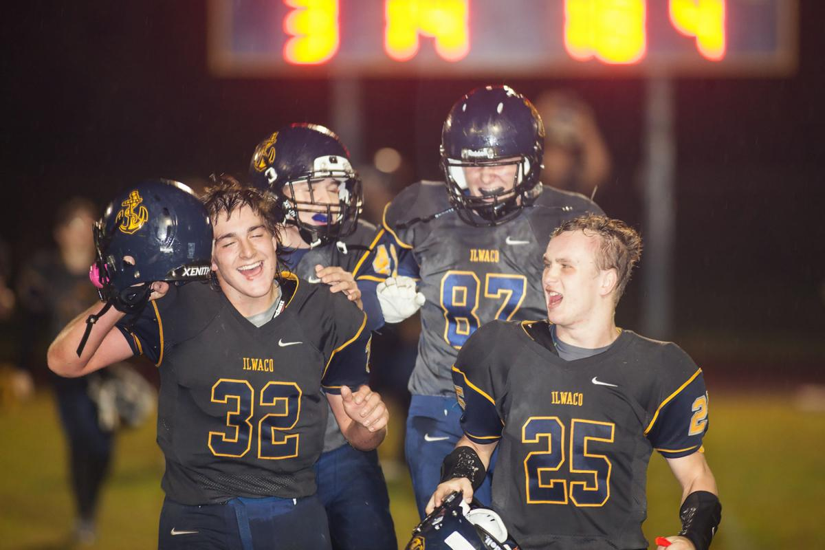 Onside kicks, fumble recoveries help in 35-17 IHS win