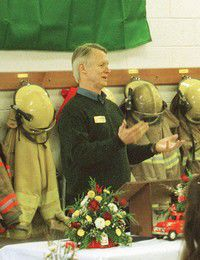 Secretary of State Reed honors City of Ilwaco, fire department as Washington Territory entities