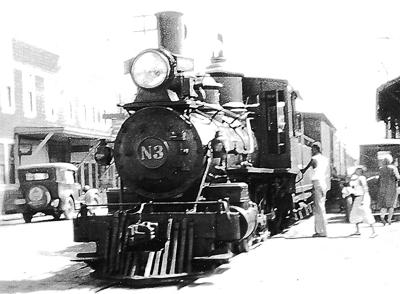 Train at Long Beach Depot