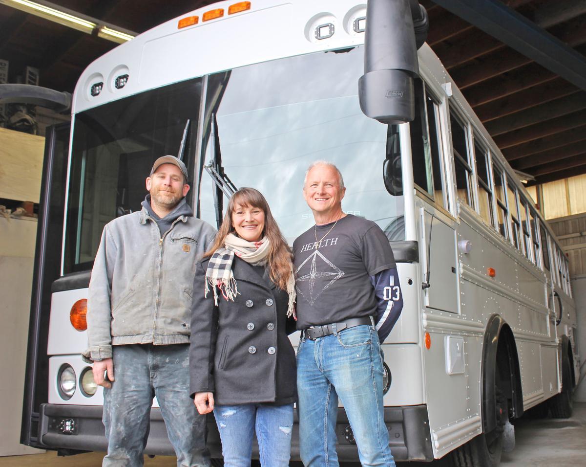 Bus adventurers