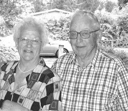 60th wedding anniversary marked by Howard Monohon and Marie (Pehl) Monohon