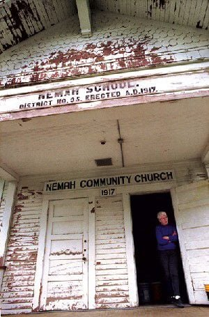Group works to give new face to old Nemah Community Building