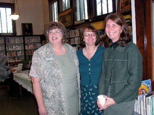 Director visits area libraries