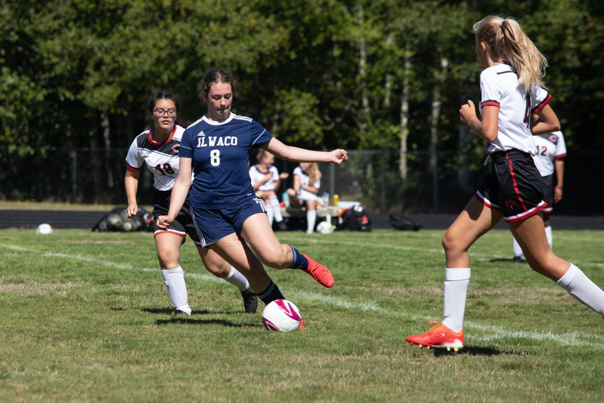 Chloe Stringer prepares to pass