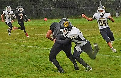 Comets crush Chitwhins 56-20
