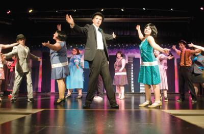 Naselle drama club presents 'Thoroughly Modern Millie Jr.'