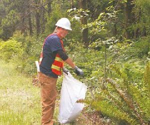 Litter crew cleaning up Pacific County one piece at a time