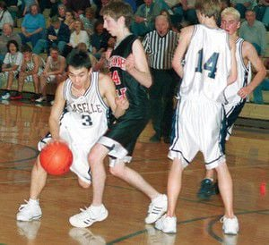Comets boys win important game against Wishkah, 64-52