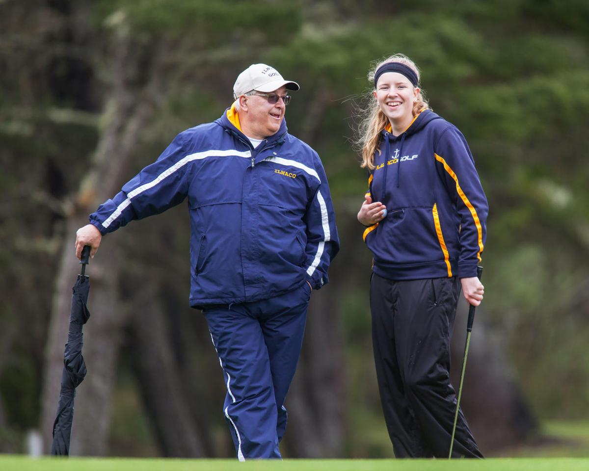 Ilwaco golfers win big at home