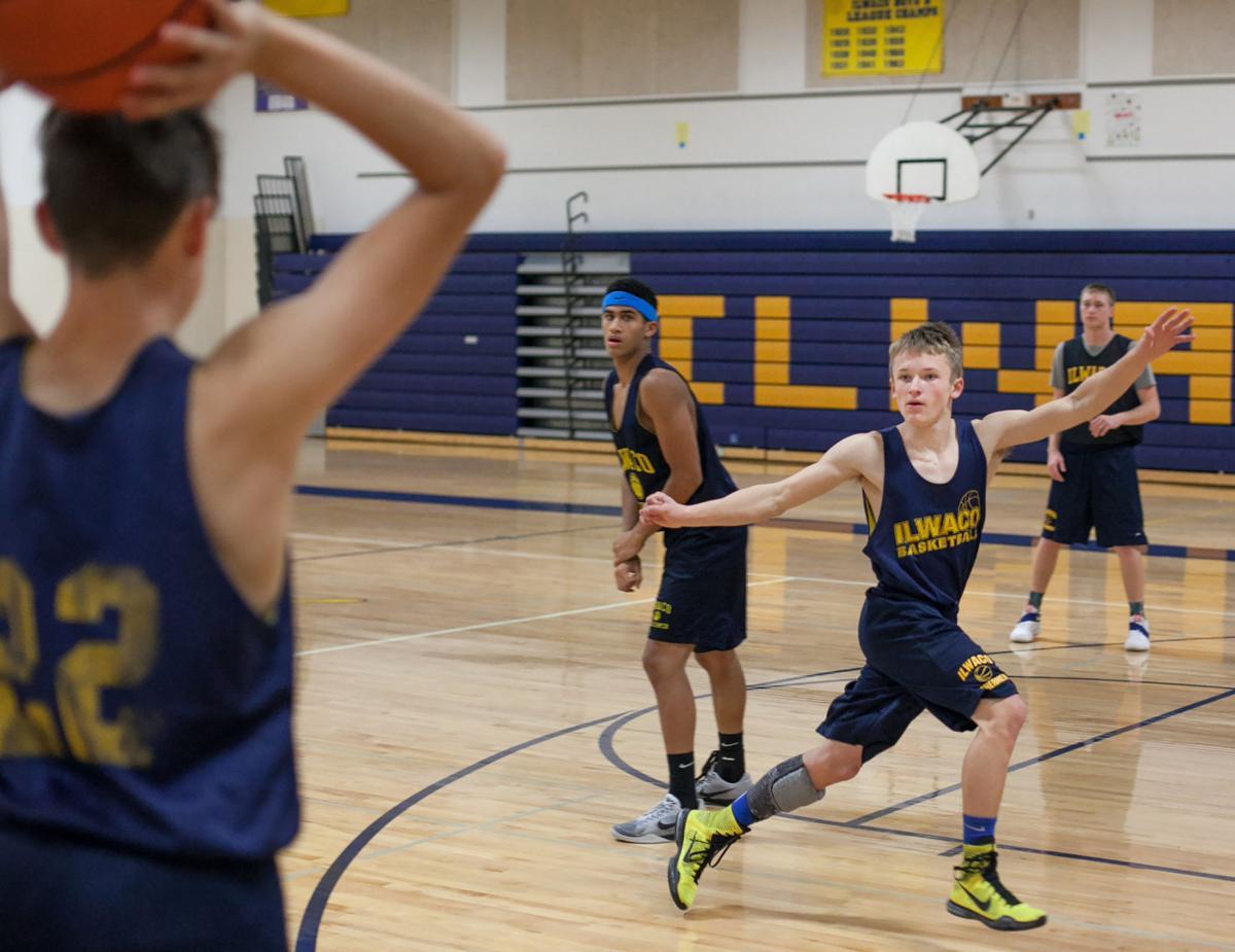 Strong IHS banking on winning basketball season
