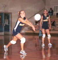 Comettes volleyball team disorients Navigators