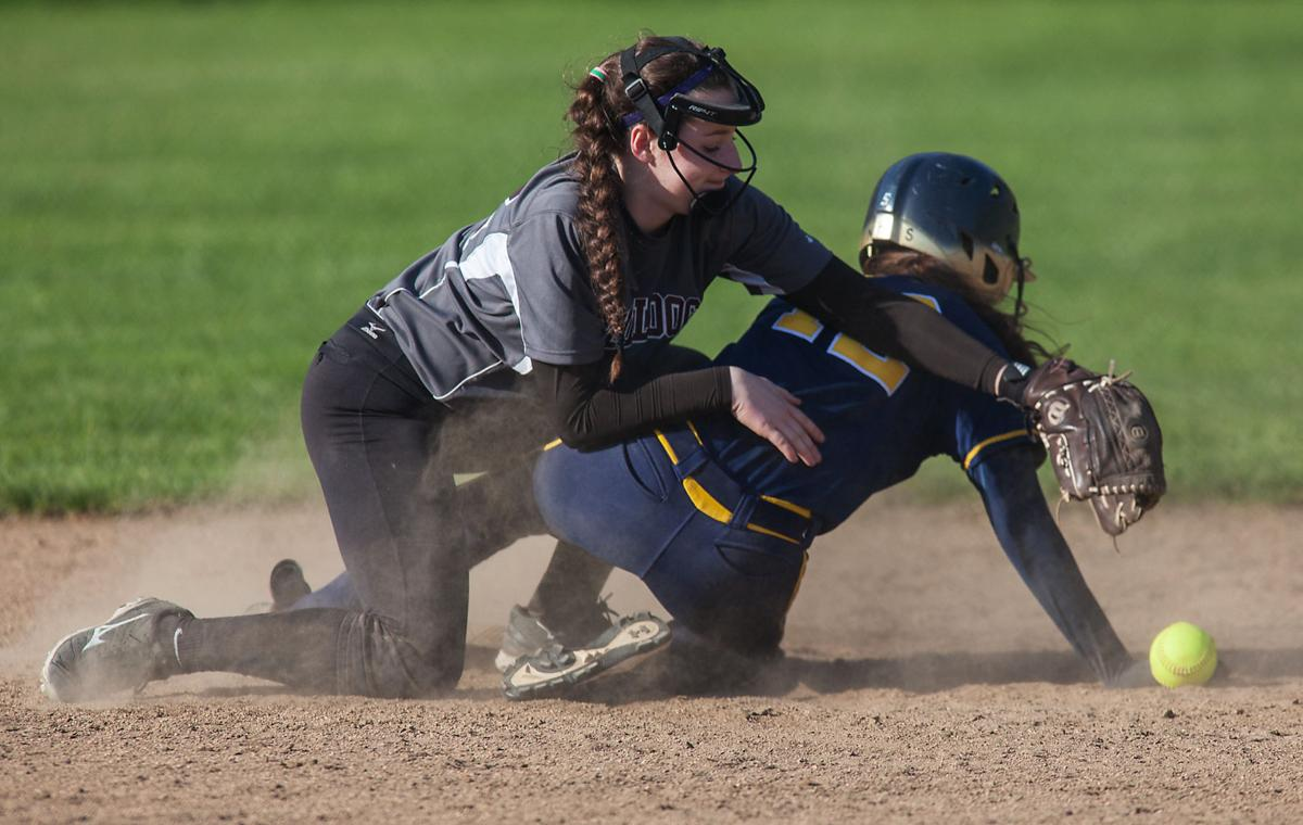 Naselle softball advances to District playoffs