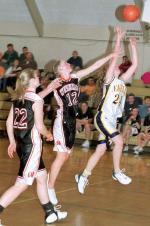 Same teams, same results: Comets girls lose by 30