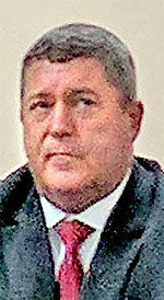 Sheriff under scrutiny for contradicting statements