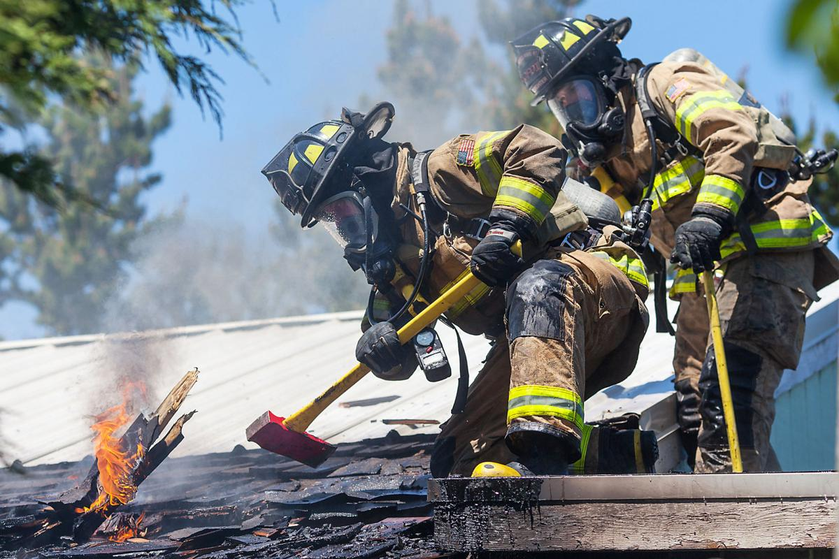 Fire chars Klingler garage in Long Beach