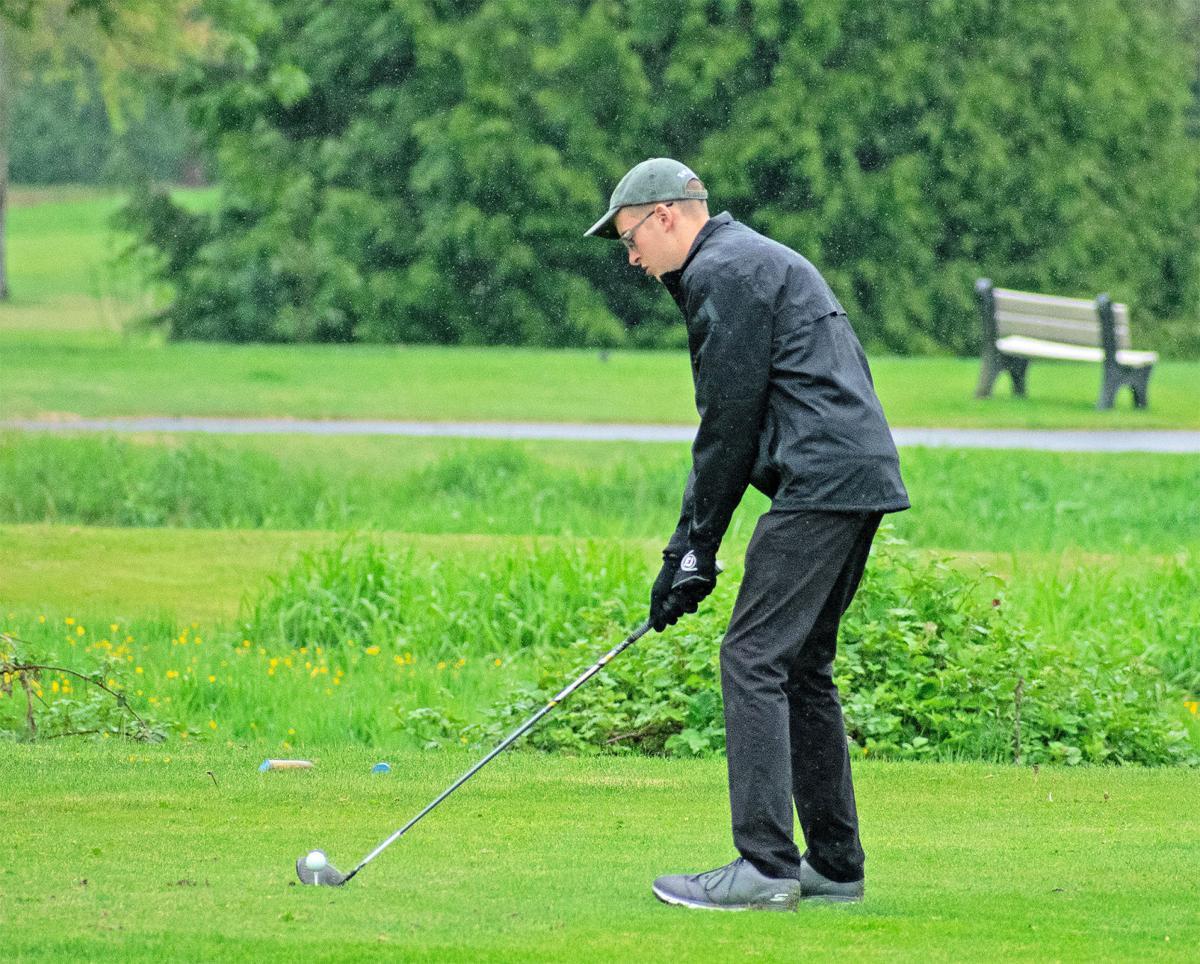 IHS golf Brendan Chabot