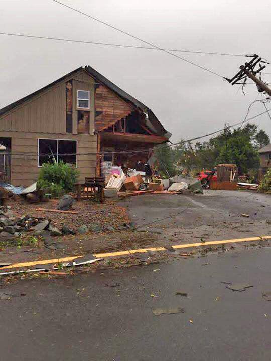Manzanita, Oregon hit during series of tornado warnings Friday