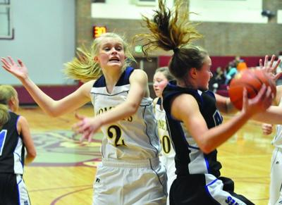 Lady Pirates plunder Comets by 21 in first half, cruise to 56-34 district win