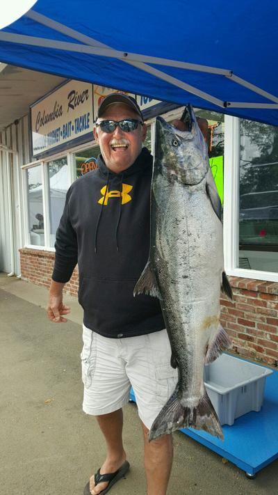 Fishing fix  20-lb Chinook takes top prize, contest raises $1,200 to benefit Port of Chinook restoration projects