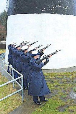 Coast Guard honors Triumph tragedy