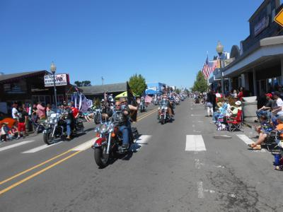 Bikers on Pacific Avenue