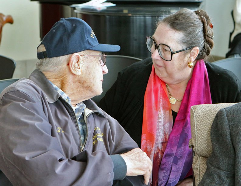 Community recognizes veterans, young and old