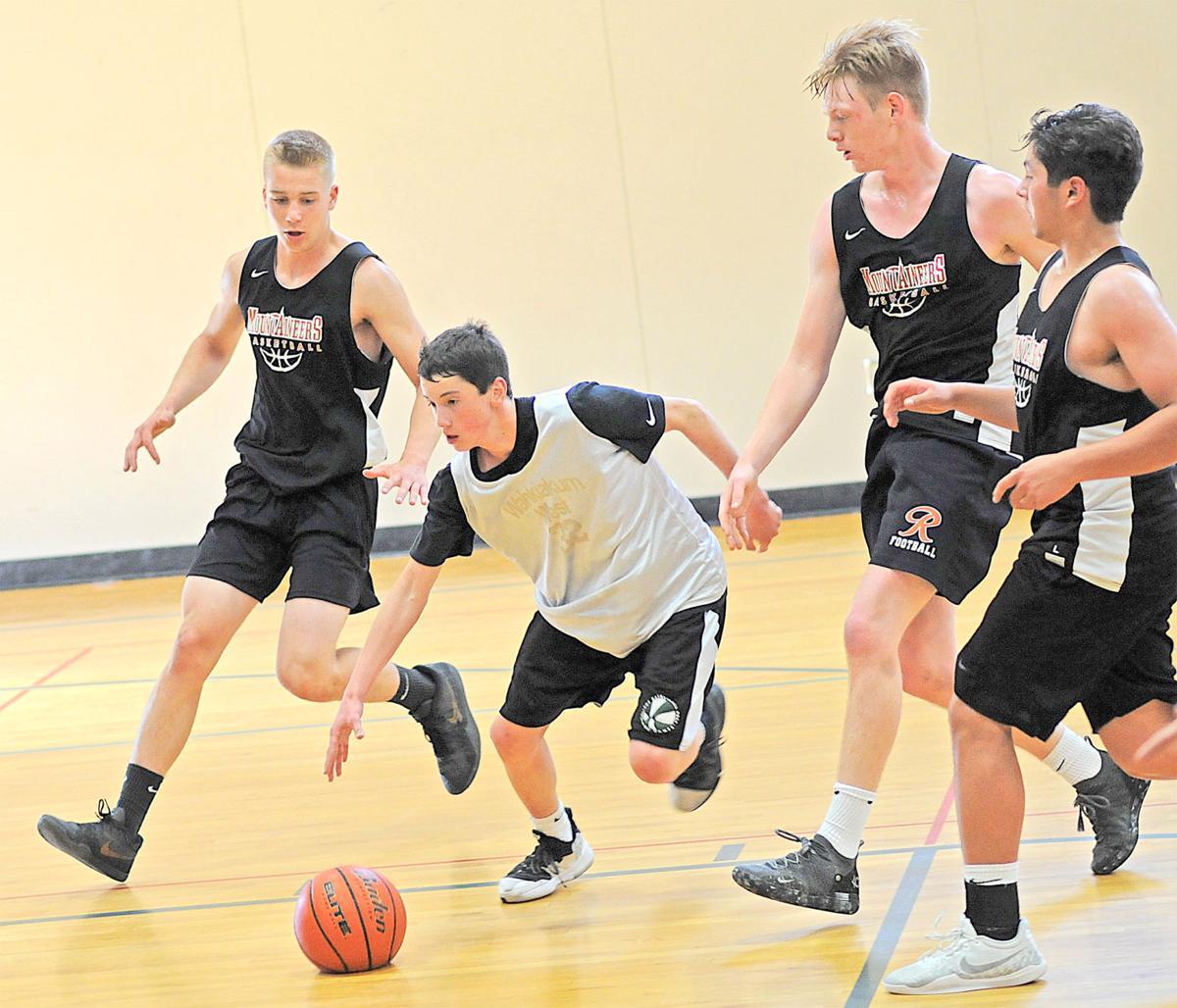 NHS basketball Kolby Glenn